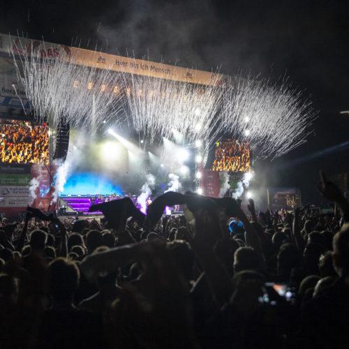 Friedlich und mit Wetterglück: DAS FEST Karlsruhe versetzte 240.000 in den Festivalmodus