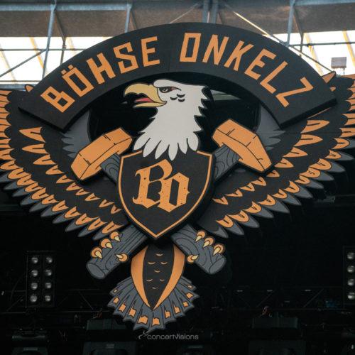 45.000 feiern die Onkelz im Frankfurter Waldstadion